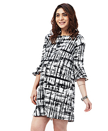 Nuthatch Bell Sleeves Nursing Shift Dress - Black & White