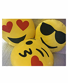 Frantic Smiley Plush Cushion Yellow - Pack Of 4