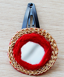 Pretty Ponytails Hair Clip With Mirror Work - Red