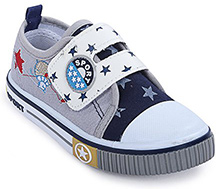Cute Walk - Star Print Canvas Shoes