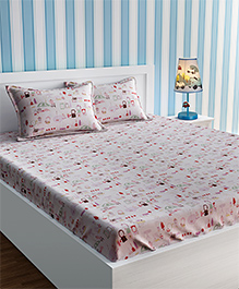 Urban Dream Double Bedsheet With Pillow Cover Set Flea Market Print - Pink White