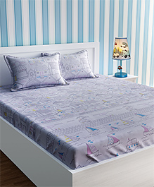 Urban Dream Bed Sheet With Pillow Cover Set Lake House Print - Pink White