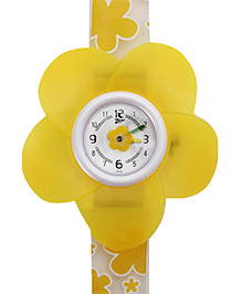 Titan - Zoop Kids Buttercup Flower Shape Yellow Analog Watch