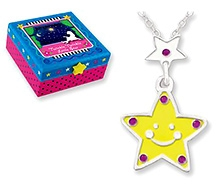 Tanyas Jewelry Beautiful Star Pendant In Star Box - 3 Years+