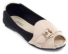 Cute Walk Plain Belly Shoes - Cream N Black