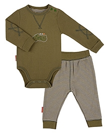 Kushies Baby Green Full Sleeves Onesies And Legging 1 to 3 Months, Cute and adorable organic cotton onesies with legging for...