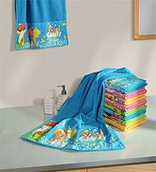 Swayam Digitally Printed Puppies Reversible Kids Towel