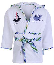 Abracadabra White Full Sleeves Hooded Bath Robe - Front Pocket