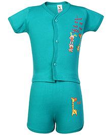 Cucumber Half Sleeves T Shirt And Shorts Green - Giraffe Print
