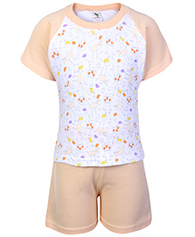 Cucumber Raglon Sleeves T Shirt And Shorts Orange - Giraffe Print