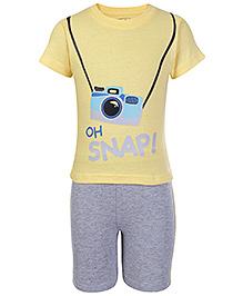 Babyhug Half Sleeves T-Shirt And Shorts Yellow - Snap Print