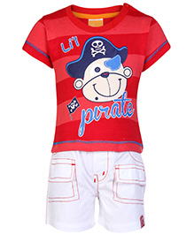 Little Kangaroos Half Sleeves T Shirt and Shorts with lil Pirate print - Red and White