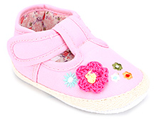 Cute Walk Baby Booties with Floral Motif and Velcro Closure