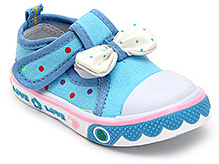 Cute Walk Canvas Shoes with Bow Applique - Blue