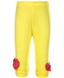 Little Kangaroos Leggings With Dotted Print Applique - Yellow