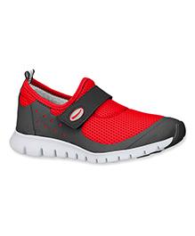 Elefantastik Synthetic Sneakers