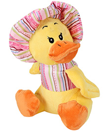 Play N Pets Soft Toy Duck With Hat - 24 cm