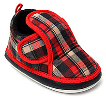 Littles Musical Booties Checks Print With Velcro Strap - Red