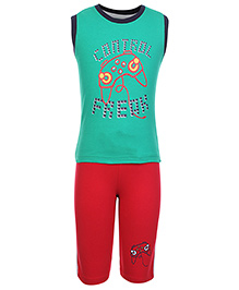 Taeko Sleeveless Printed T-Shirt And Three Fourth Pant Set - Green And Red