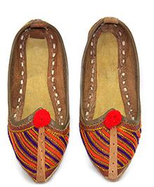 Azura Jodhpuri Jutis Handcrafted - Embroidery Pattern