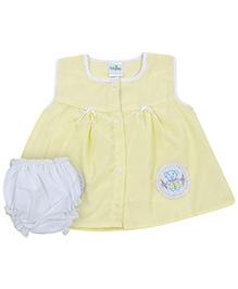 Babyhug Sleeveless Frock With Bloomer - Yellow