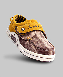 Classic Canvas Shoes - Brown