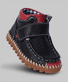 Shadow Black Shock Absorbent Faux Leather Shoes