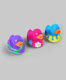 Assorted Set of 3 Adorable Ducklings Bath Toys