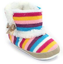 Cute Walk Socks Style Baby Booties - Stripe Pattern