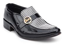 Sweet Year Shoes Slip On - Black