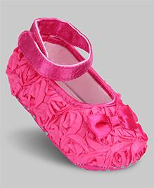 Cute Walk Baby Booties Velcro Closure - Bow Motif