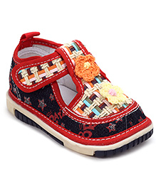 Sweet Year Musical Shoes Dotted Print - Baby Girl Embroidery