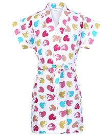 Babyhug Half Sleeves Bathrobe - Hearts Print