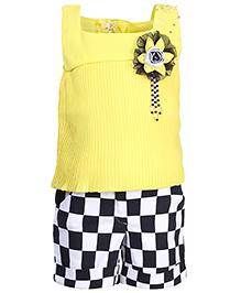 Lemonmint Party Top And Checks Shorts - Motif Design