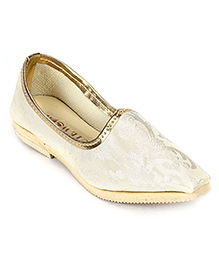 Cute Walk Traditional Mojari Shoes - Cream