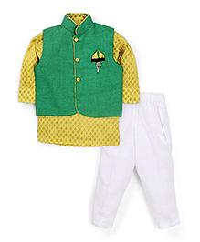 Active Kids Wear Jodhpuri Kurta And Pajama With Jacket Brooch Design - Green And Yellow