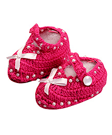 Buzzy Crochet Pattern Booties Pink - Bow Applique