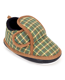 Littles Baby Booties Check Print With Musical Sound - Green