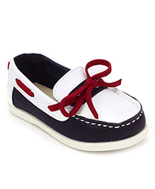 Sweet Year Slip On Loafers With Lace - White
