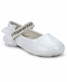 Sweet Year Party Belly Shoes Embellished Design - White