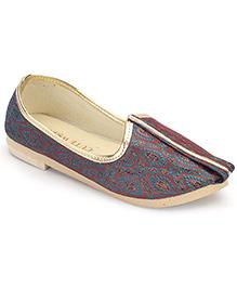 Cute Walk Traditional Brocade Mojari Shoes - Maroon