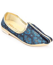 Cute Walk Traditional Brocade Mojari Shoes - Blue