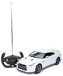 Rastar Remote Controlled Car Nissan GTR - White