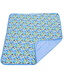 Piccolo Bambino Reversible Wrapper House Print - Blue