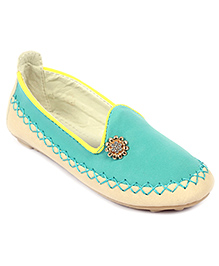 Cute Walk Slip-On Shoes Studded Design - Green