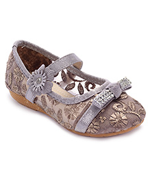Cute Walk Belly Shoes Floral Embroidery - Pinkish Grey