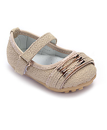 Cute Walk Belly Shoes Delicate Floral Design - Beige