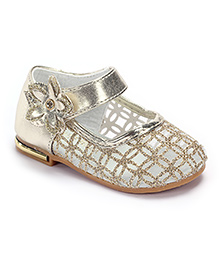 Cute Walk Belly Shoes Flower Applique - Gold