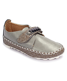 Cute Walk Shoes With Velcro Closure Belt Design - Grey