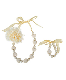 Dchica Soft Net Flower And Little Hearts Necklace And Bracelate Set